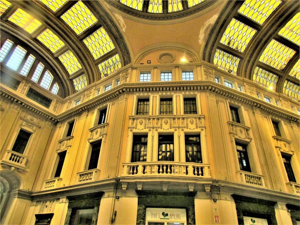 Это изображение имеет пустой атрибут alt; его имя файла - Мессина-Галерея-Витторио-Эмануэле-III-Galleria-Vittorio-Emanuele-III-4-1024x768.jpg