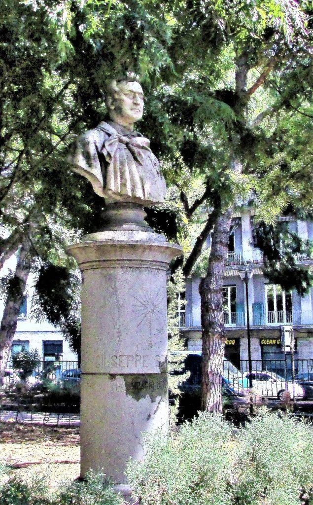 Это изображение имеет пустой атрибут alt; его имя файла - Мессина-Мессина.-Парк-Вилла-Мазини-Villa-Mazzini-2-635x1024.jpg